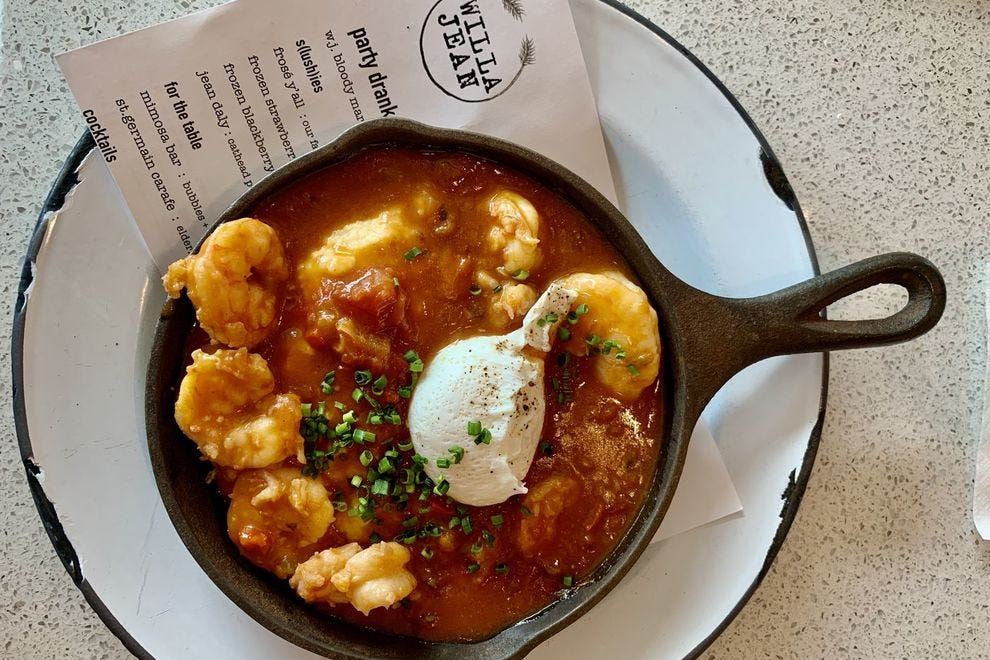 Try the shrimp and grits for a larger breakfast