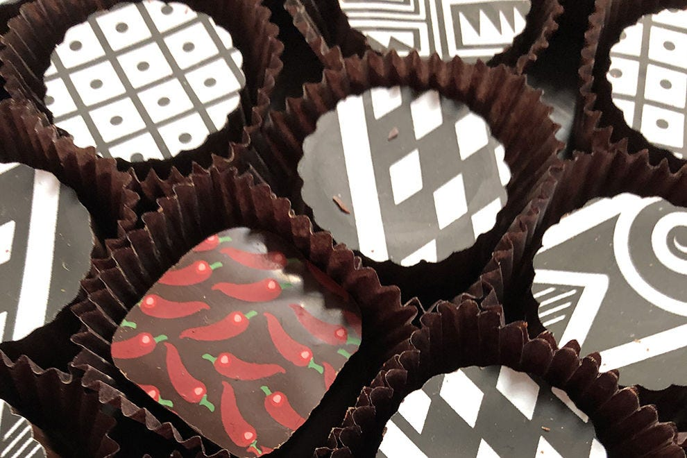 Art of Chocolate / Cacao Santa Fe creates chocolate truffles with pottery-inspired designs