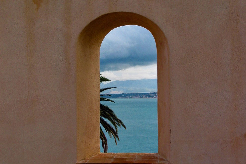 A glimpse of the sea from Sicily