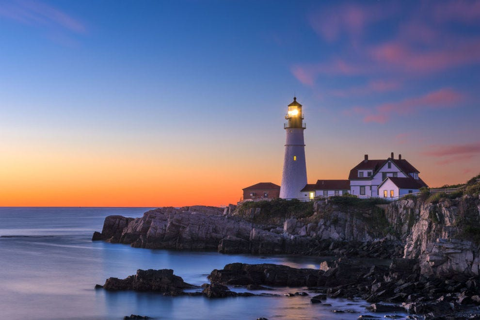 15 Unique And Scenic Lighthouses Around The World