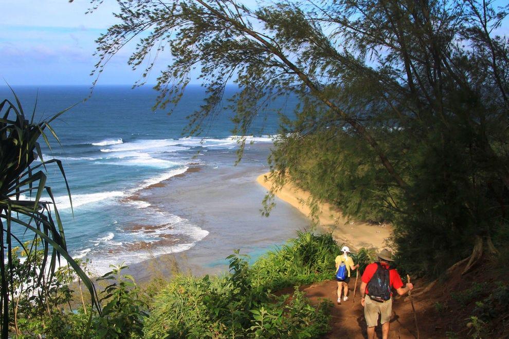 Trail towards Hanakapi'ai Beach