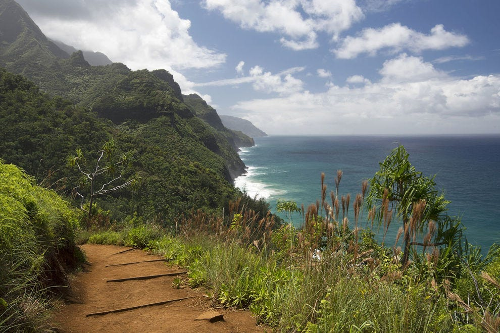 View of the Na Pali Coast from the Kalalau Trail