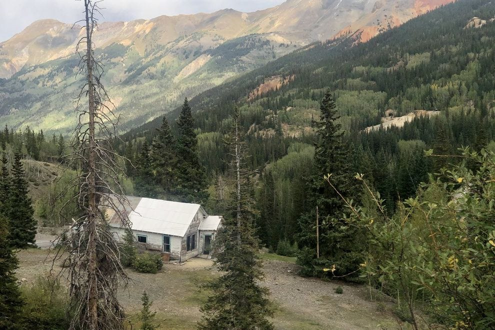 A drive past a ghost town on the Colorado loop