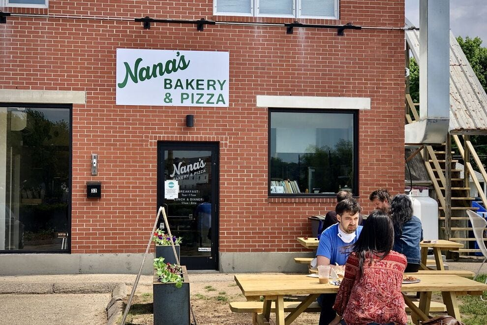 Nana's Bakery and Pizza in Mystic, Connecticut