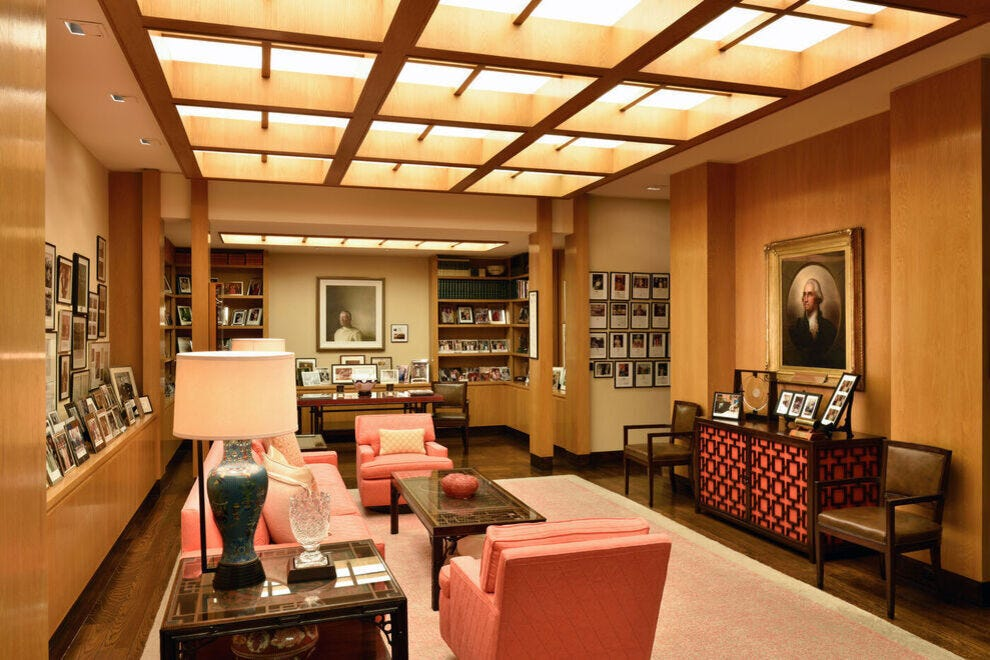 Sunnylands shows personal memorabilia of royalty and presidents