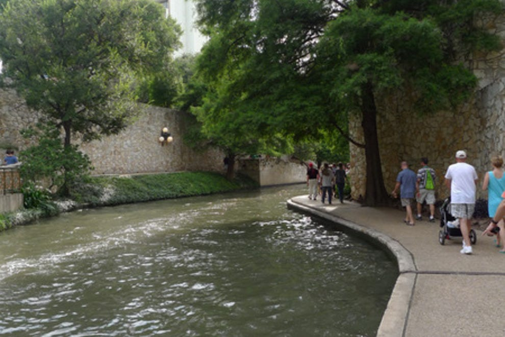 river-walk-san-antonio-riverwalk_54_990x660_201406011226 San Antonio Riverwalk Map Of Hotels And Restaurants on map of houston restaurants, map of riverwalk san antonio tx area, map of victoria texas restaurants, map of central park restaurants, map of riverwalk restaurants and bars,