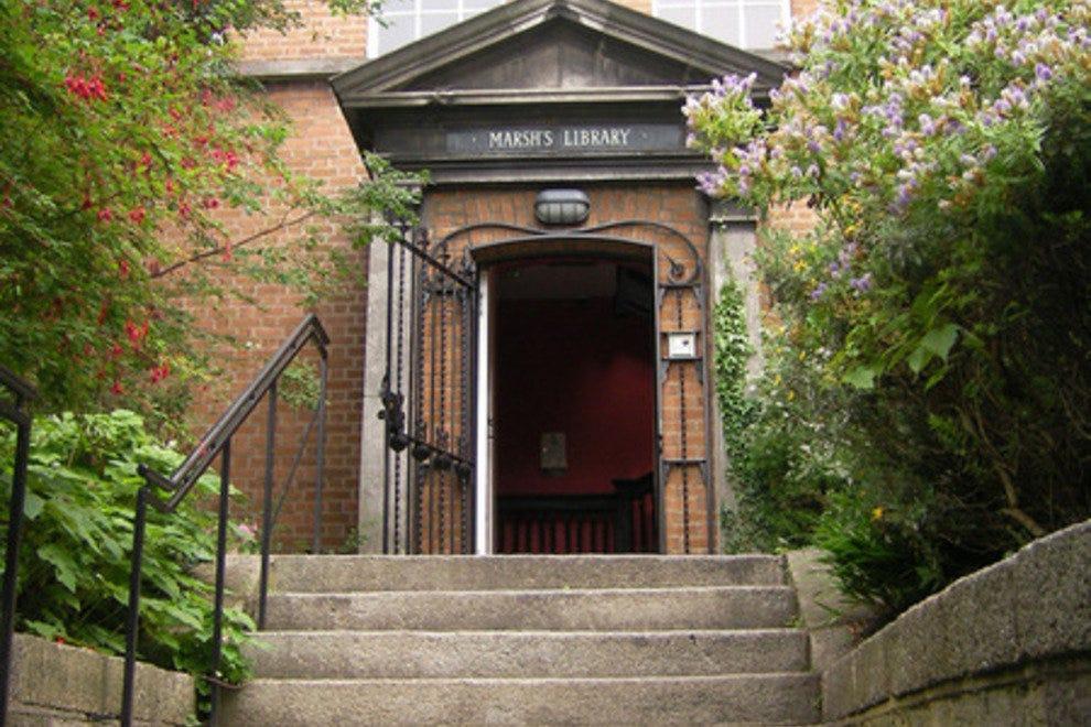 马什图书馆