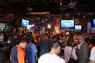 Denveru0027s Best Sports Bars: Top Spots To See Your Favorite Team Score