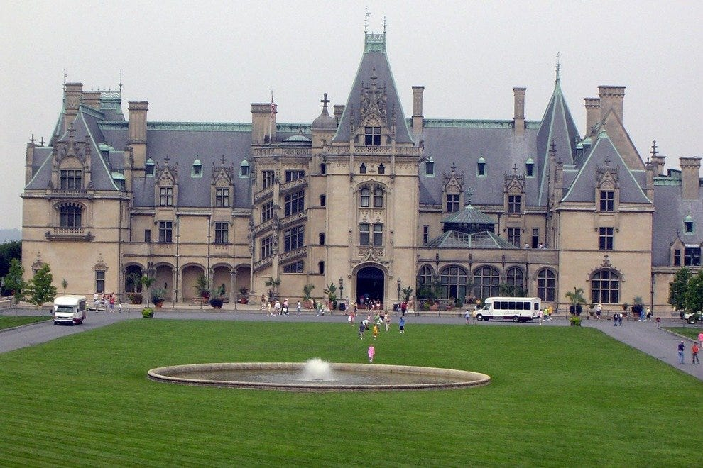 Best Hotels Near Biltmore Estate