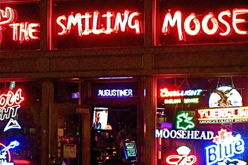 The Smiling Moose