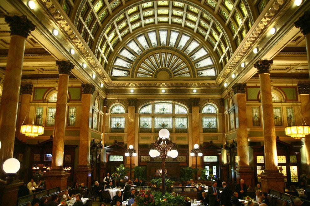 This Historic Landmark Was Once The P Le Railroad Station And Now Offers Some Of Pittsburgh S Best Dining With A View Main Room Grand Arched