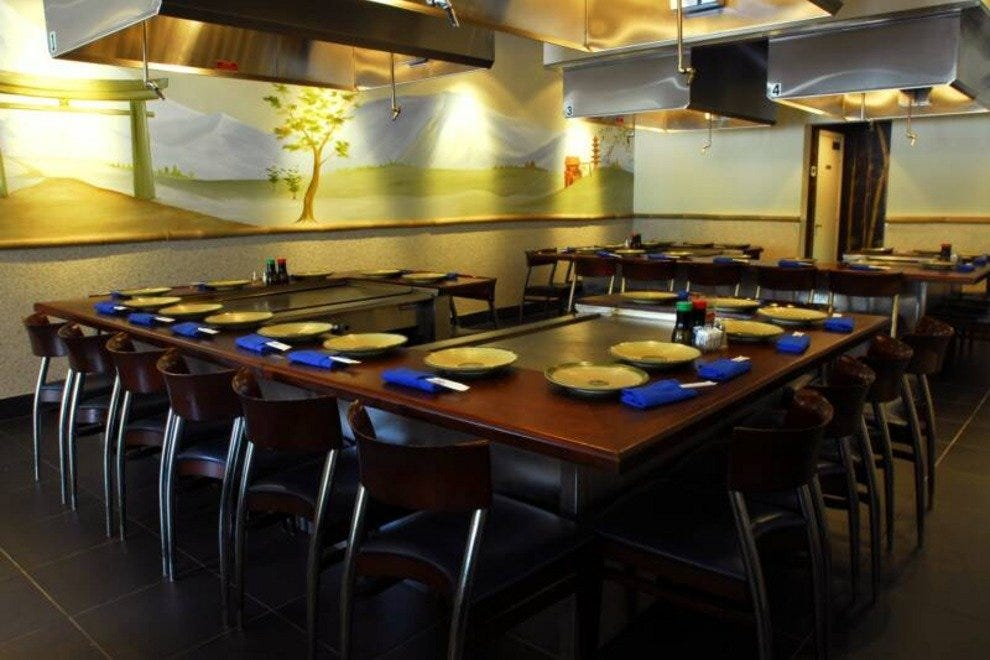 Sushi ray boca raton restaurants review 10best experts for Fish restaurants in boca raton