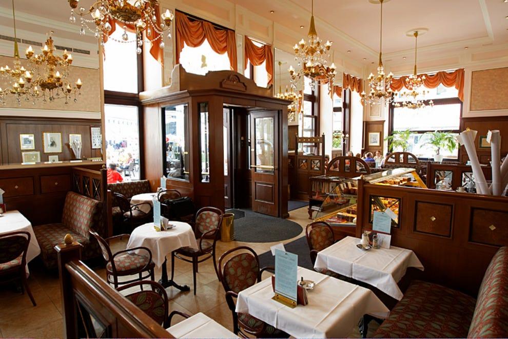 Caf mozart vienna restaurants review 10best experts for Austrian cuisine vienna