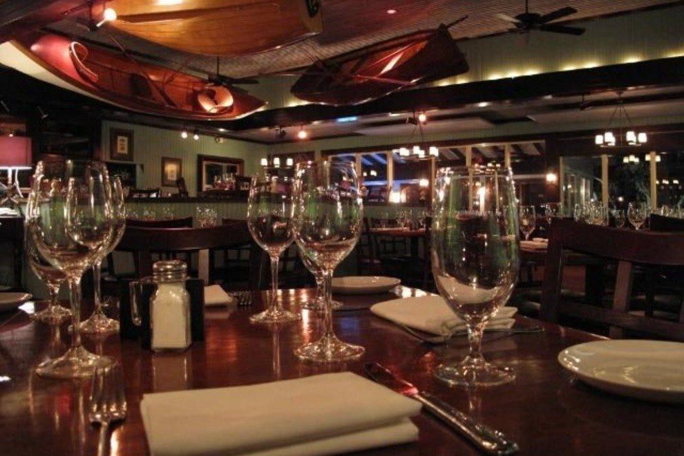 Bay house restaurant naples restaurants review 10best for Fish restaurant naples