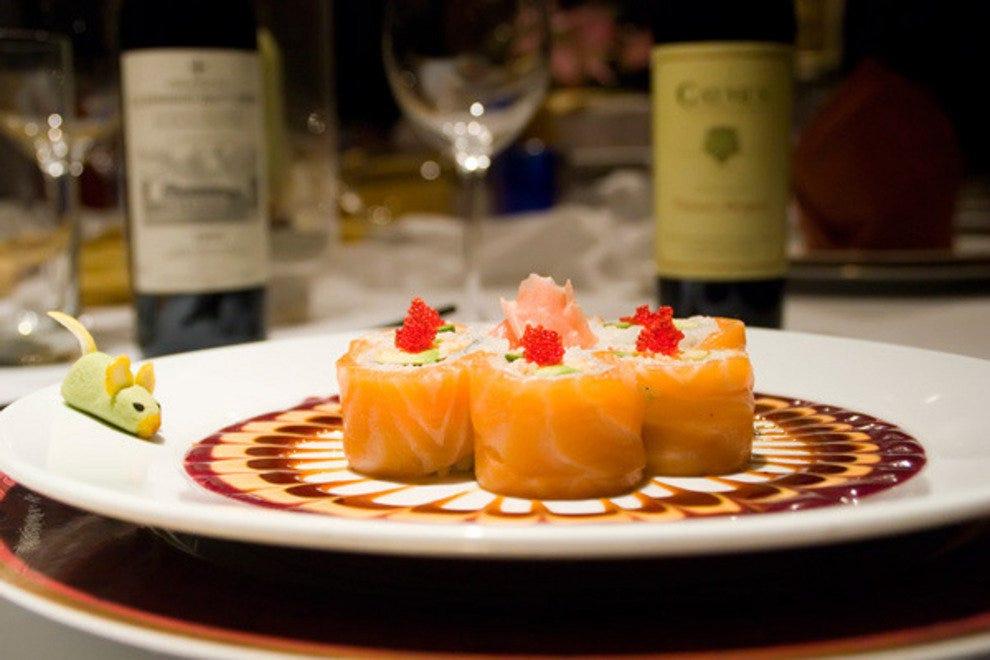 Sake Cafe Sushi Roll Menu