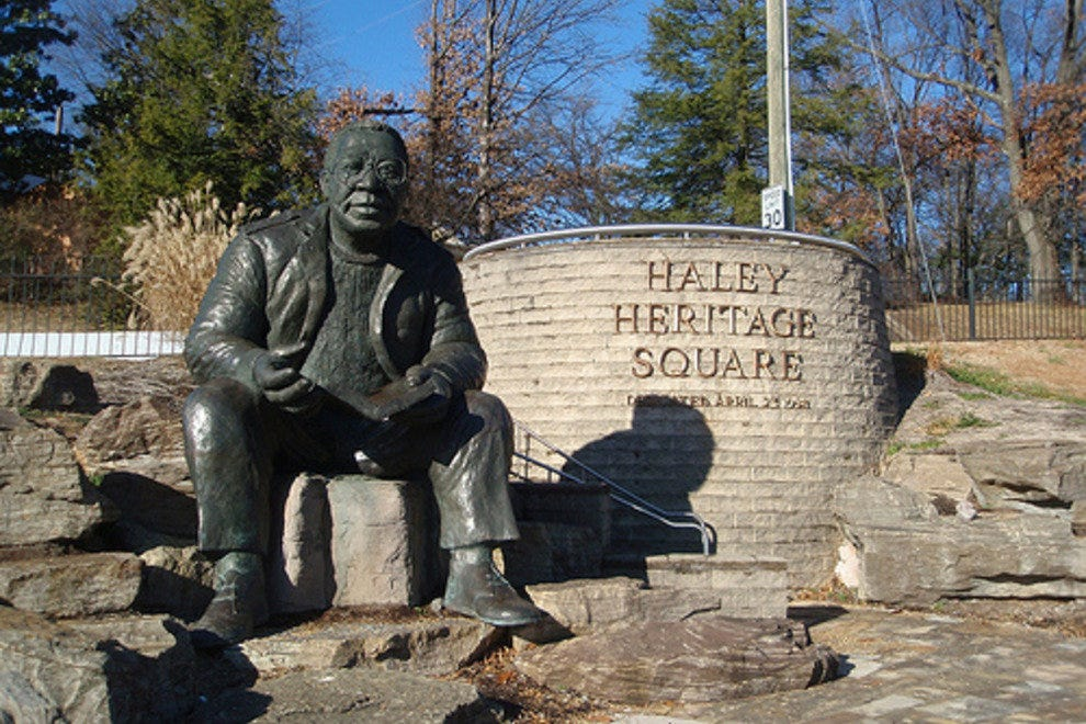 Alex Haley Statue