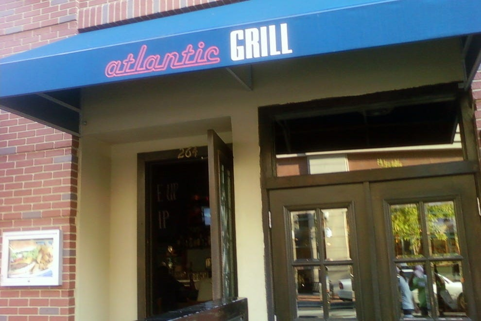 Atlantic station restaurants in atlanta for Ikea customer service atlanta