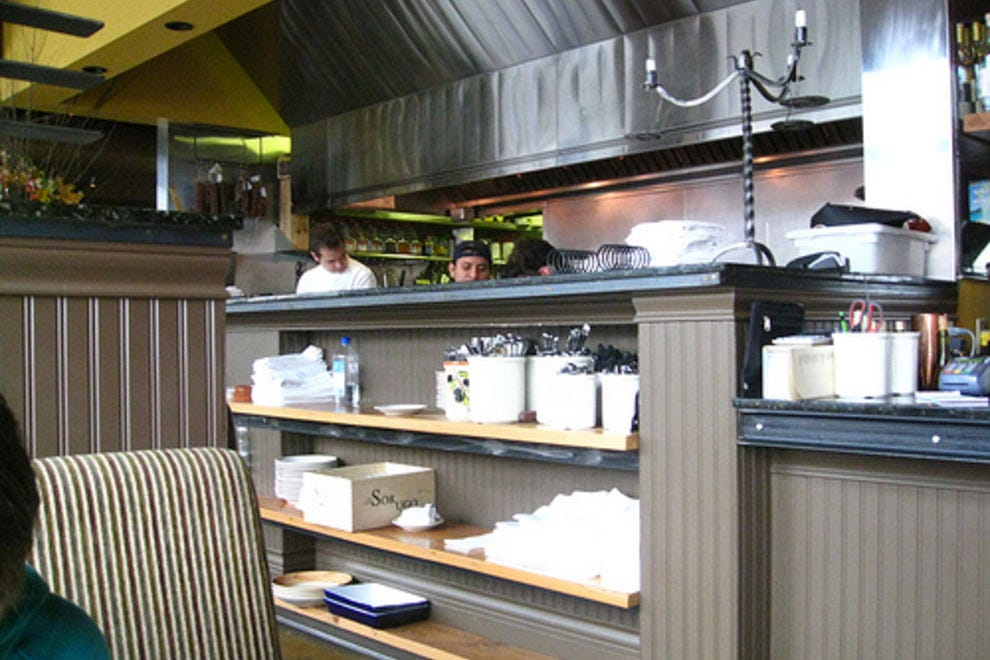 Ciao vito portland restaurants review 10best experts for Vitos italian kitchen
