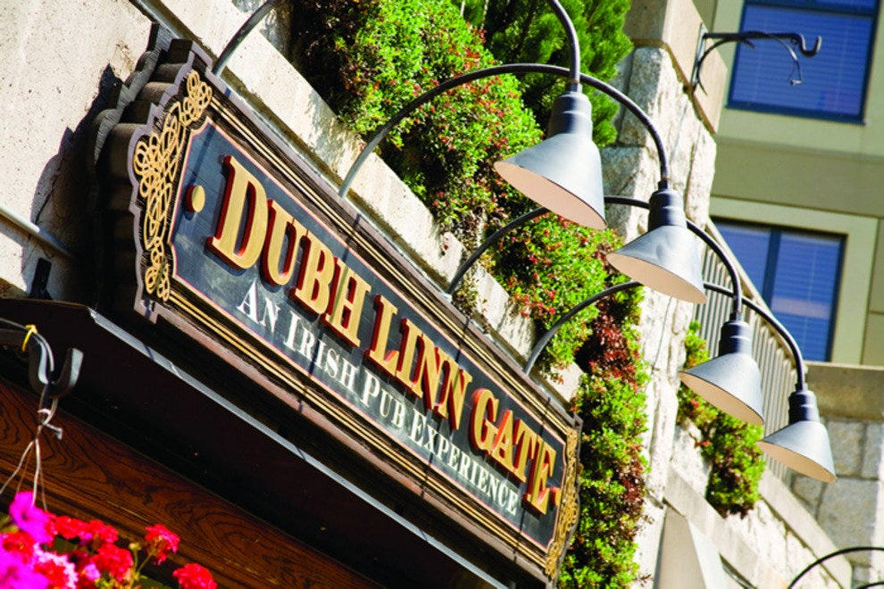 Dubh Linn Gate Irish Pub & Restaurant