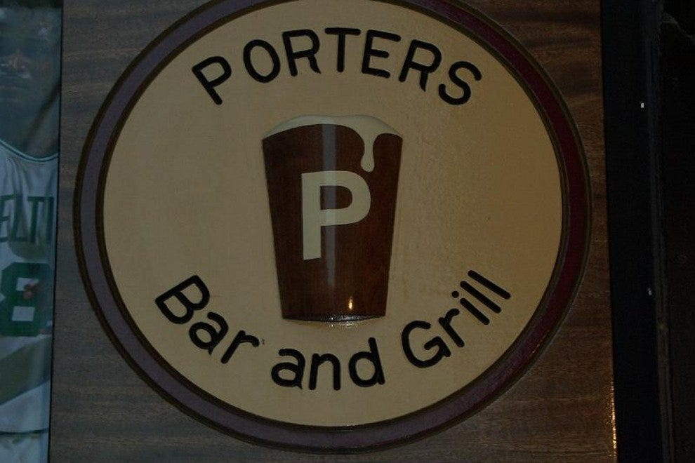Porters Bar & Grill
