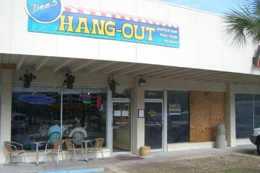 Dee S Hang Out Panama City Restaurants Review 10best