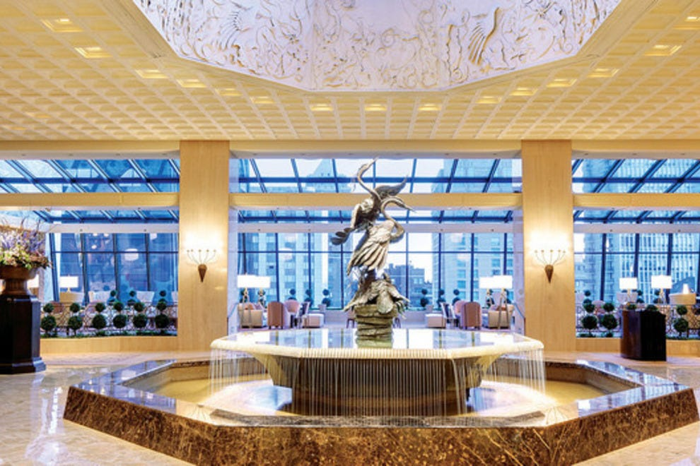Fanciest hotel in chicago 2018 world 39 s best hotels for Fanciest hotel in the world