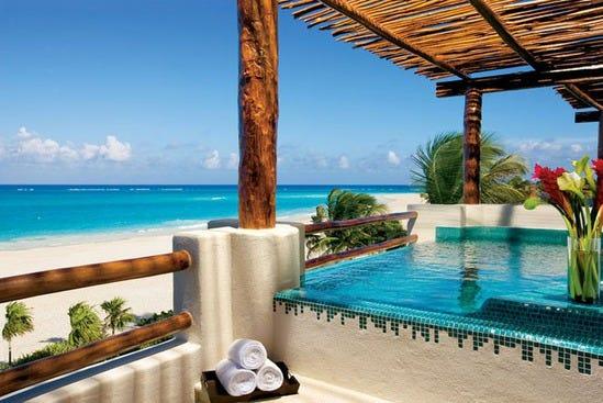 Presidential Suite Secrets Maroma Beach 28 550x367 ts chloe1 600x450 TS Chloe