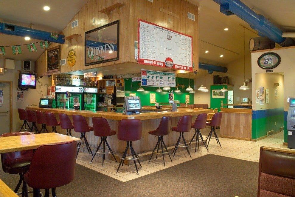 Montr al cocktail lounges 10best lounge reviews for Bar food top 10