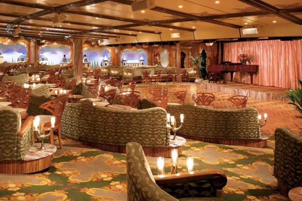 Deco Lounge Sports Bar & Lounge: Fort Lauderdale Restaurants Review ...