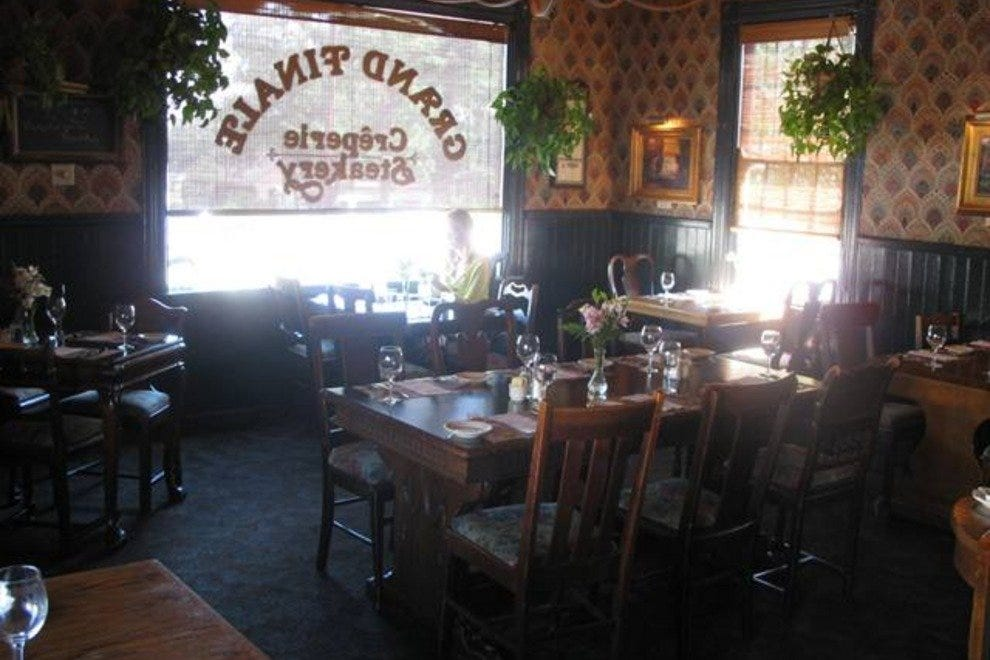Furnishings And Antiques In A 100 Year Old Former Home The Grand Finale Has Been Continues To Be One Of Most Por Restaurants Cincinnati