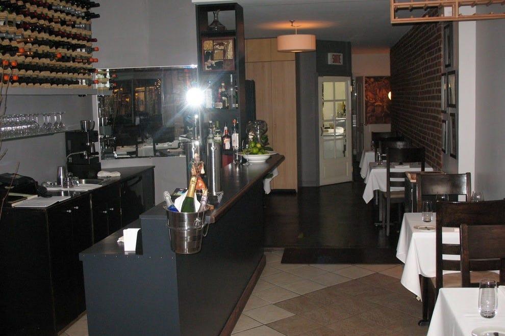 Raza montréal restaurants review best experts and