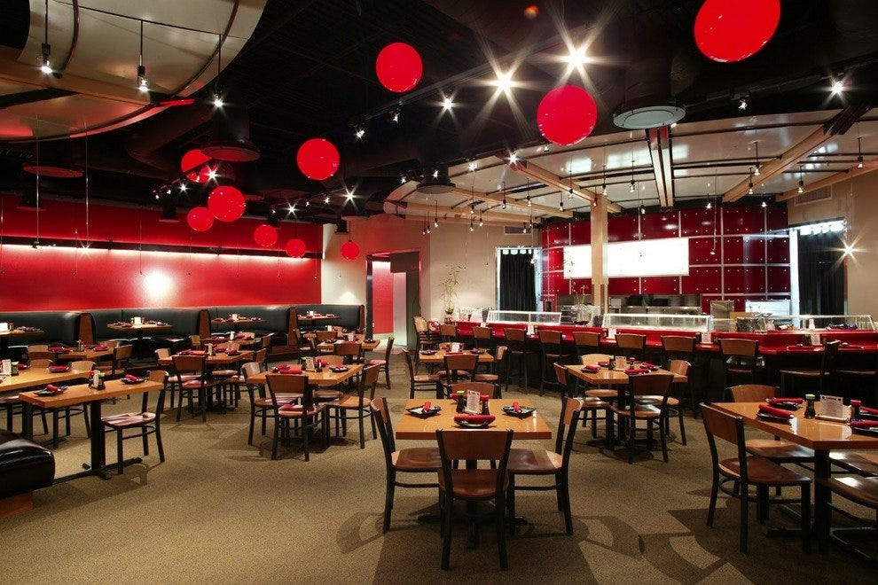 Ra sushi chicago restaurants review 10best experts and for Modern house sushi 9 deler sett