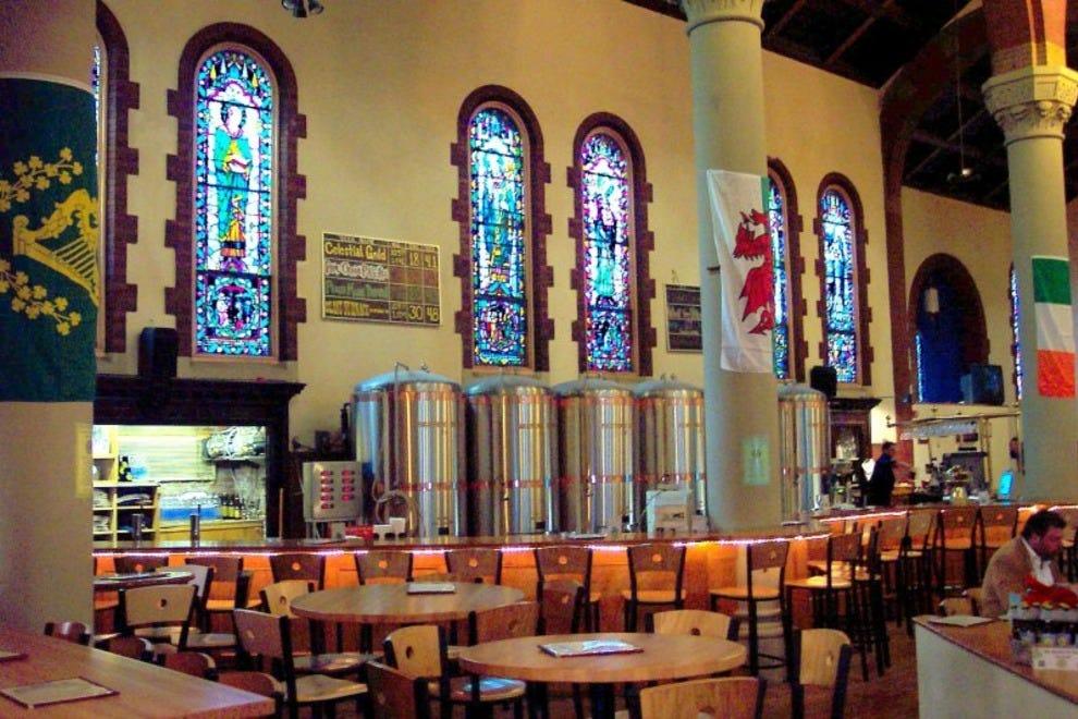 Pittsburgh bars pubs 10best bar pub reviews for Food bar on church