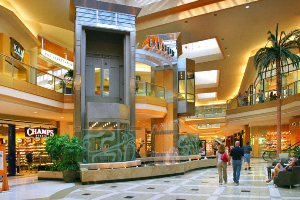 International Plaza Amp Bay Street Tampa Shopping Review